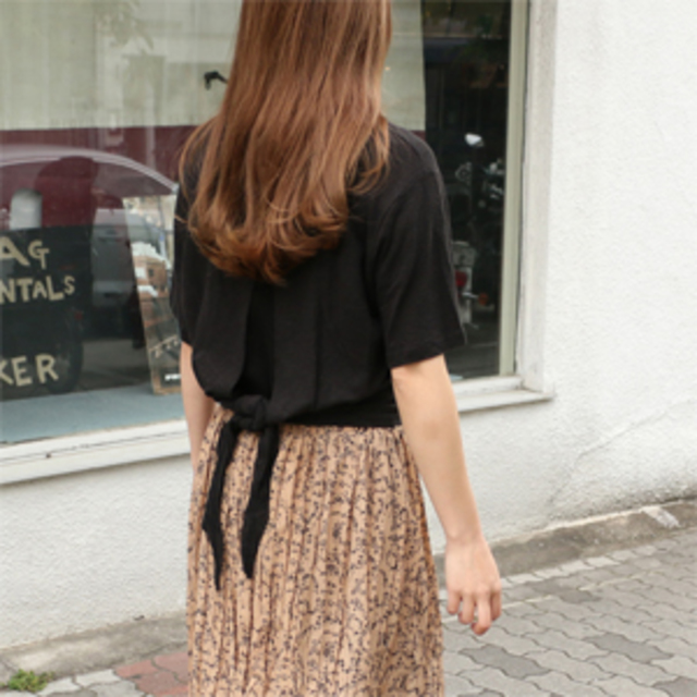 Open back ribbon T
