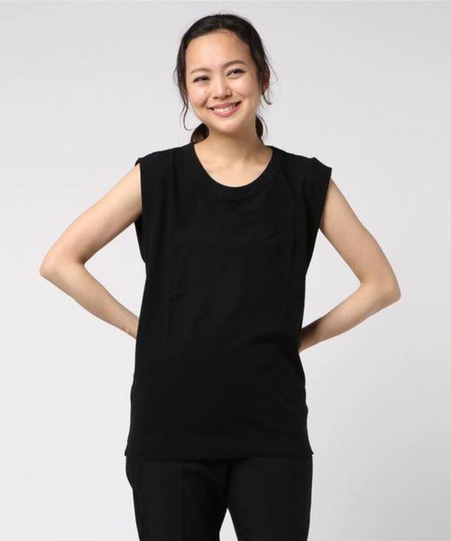スリーブレスTシャツ