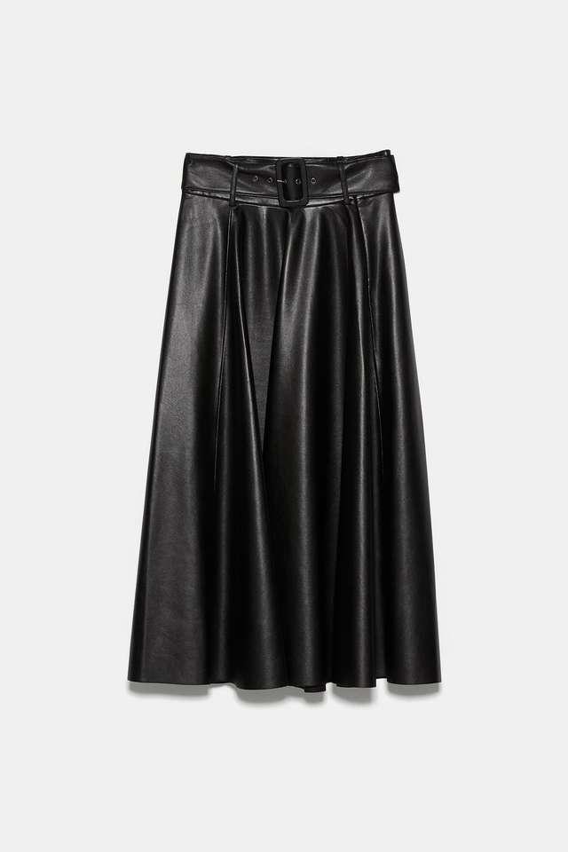 ベルト付きレザーテイストスカート