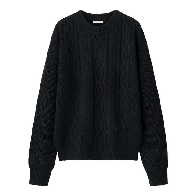 ケーブルクルーネックセーター