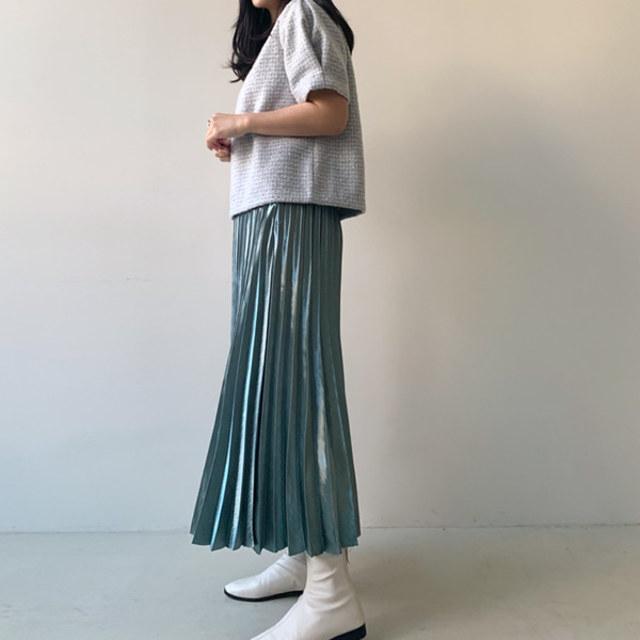 キラキラプリーツスカート