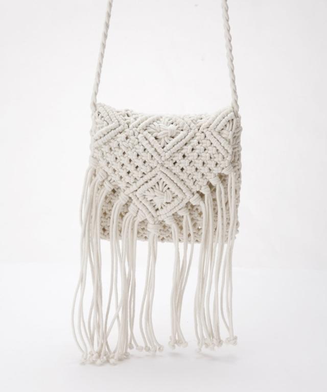 マクラメ編みショルダーバッグ