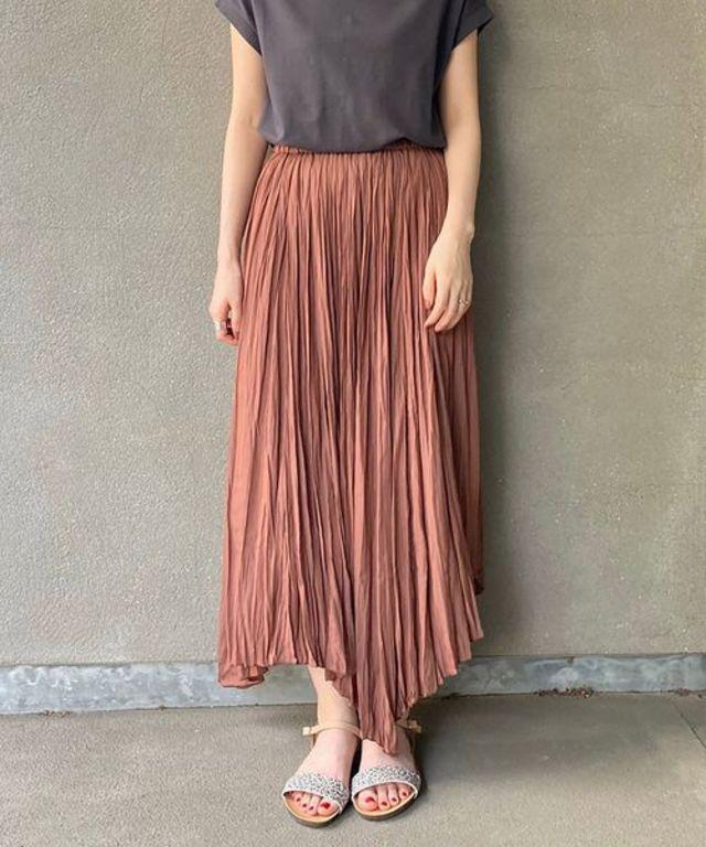 ワッシャープリーツヘムラインスカート