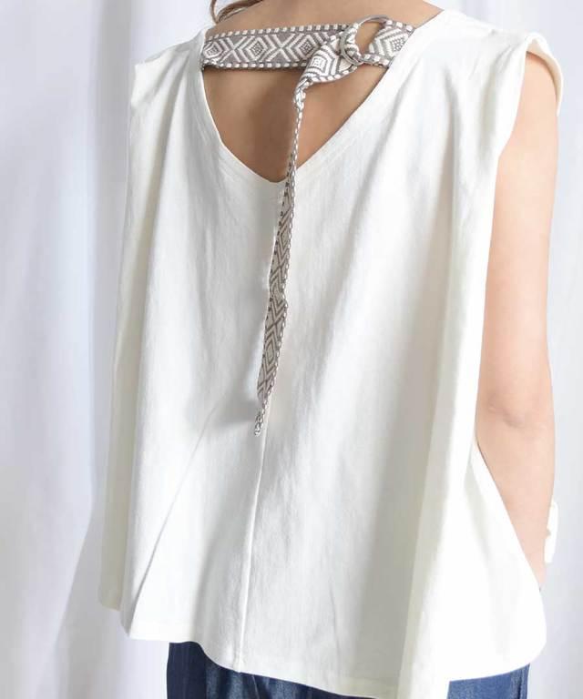 Back belt flare sleeveless tops