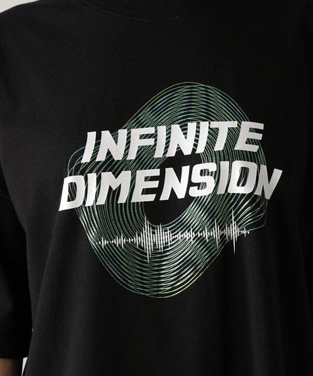 デジタルグラフィックTシャツ