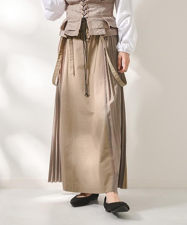 サスペンダー付きサイドプリーツスカート