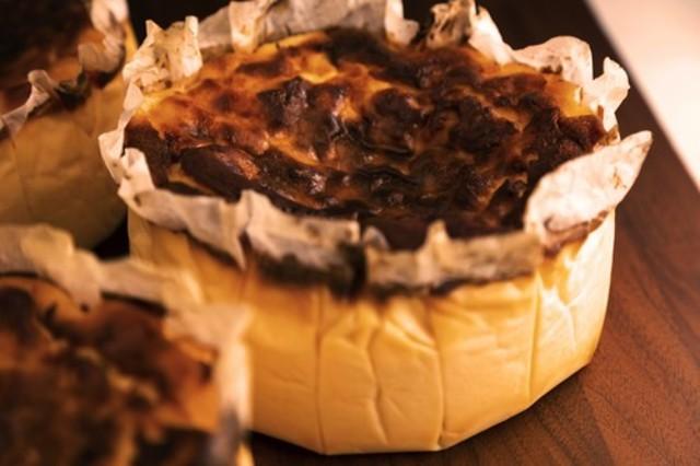 【日付指定可】バスクチーズケーキ(15cm)《冷蔵配送》