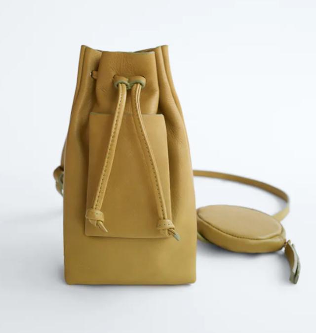 リミテッドエディション リアルレザーコインケース付きバケットバッグ