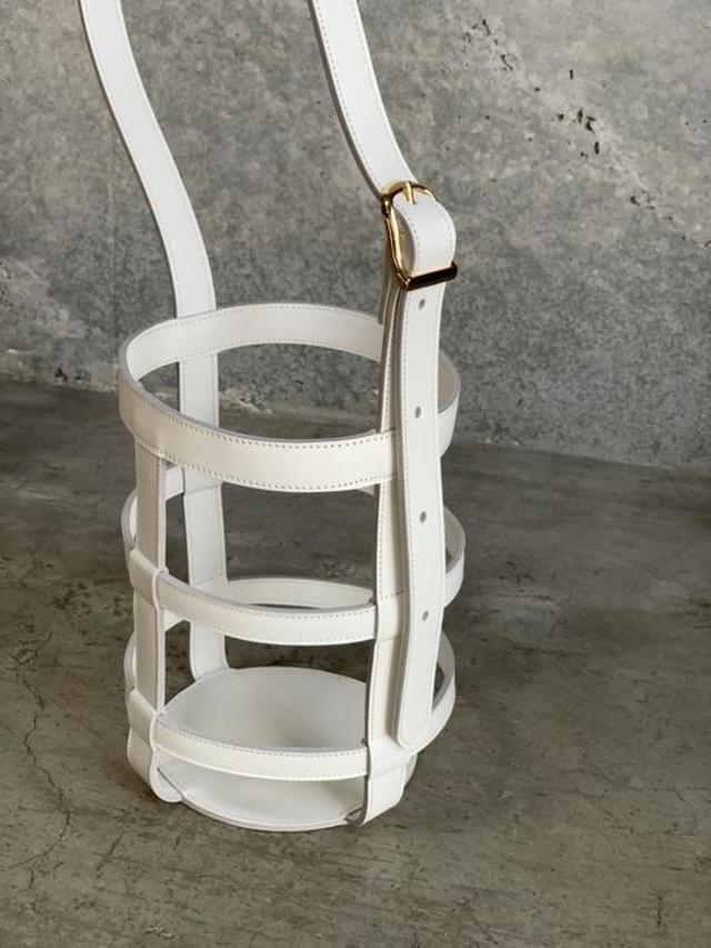 LEATHER BASKET WHITE
