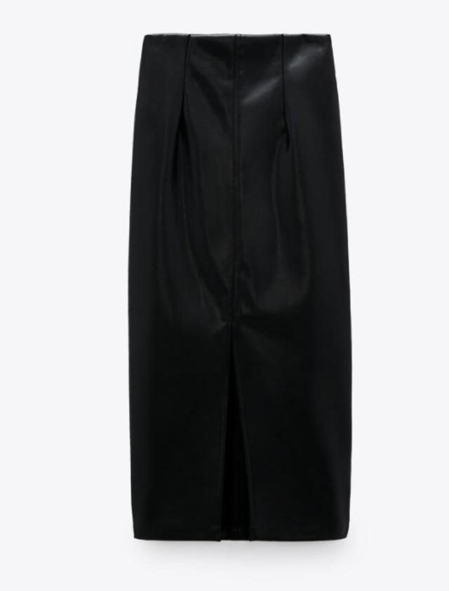 レザー風ペンシルスカート