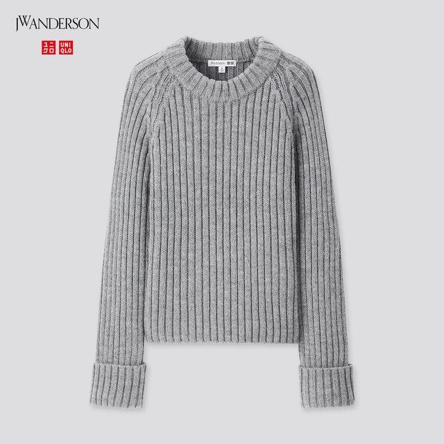 クロップドクルーネックセーター