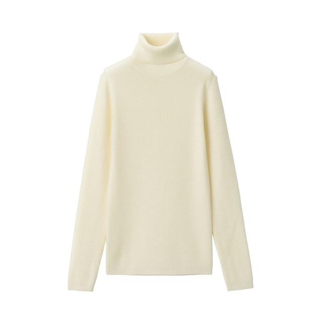 首のチクチクをおさえた 洗えるリブ編みタートルネックセーター
