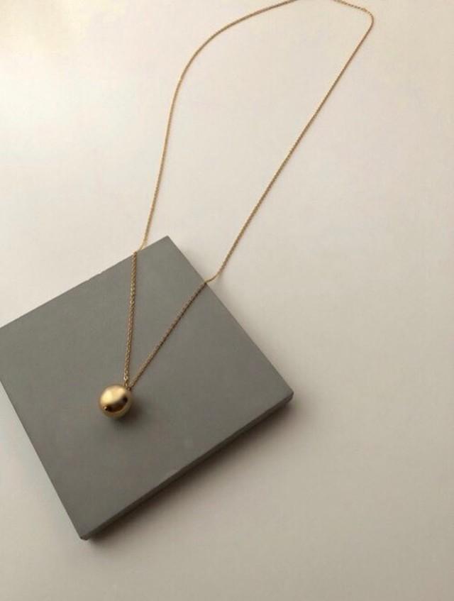 Metal ball pendant