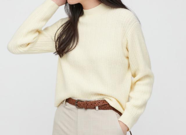 ライトスフレヤーンモックネックセーター