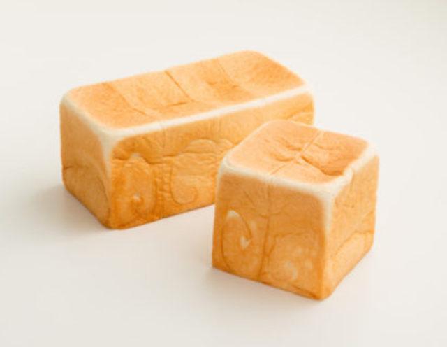 乃が美の「生」食パン(レギュラー2斤サイズ)