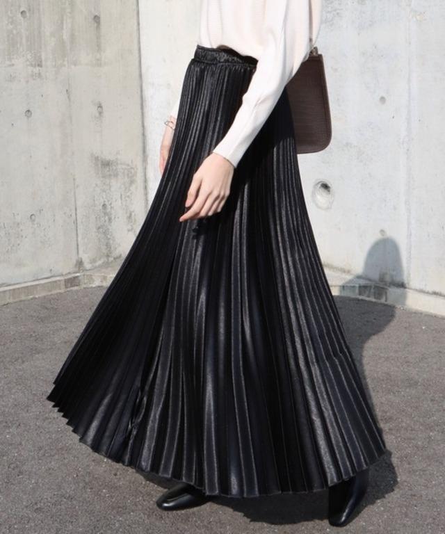 シャイニーサテンロングプリーツスカート