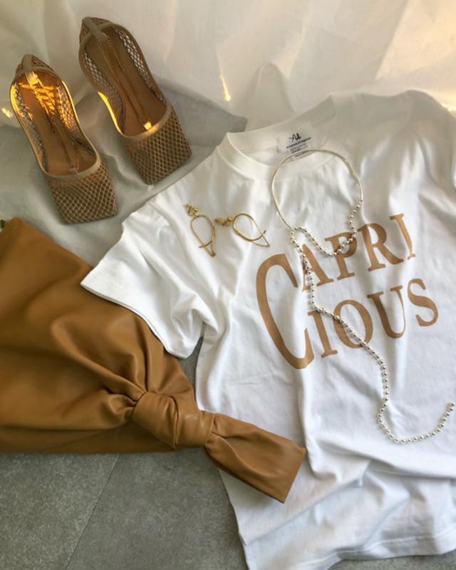 CAPRICIOUS T-shirt・caramel