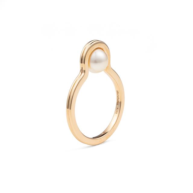 Beluga Pearl Ring
