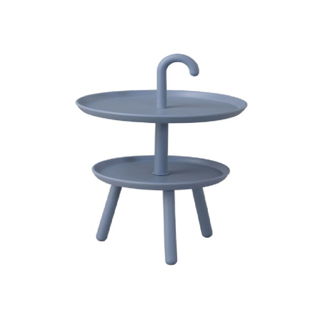 北欧調デザインのサイドテーブル