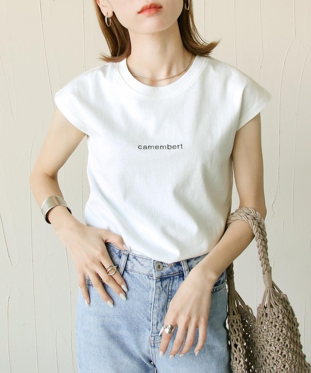 フレンチスリーブ刺繍ロゴTシャツ