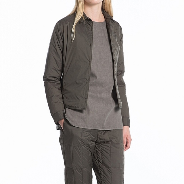 WOMEN ライトダウンシャツジャケット+E