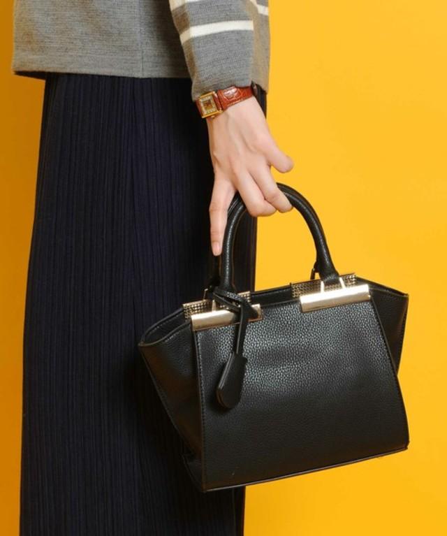 ゴールドメタルハンドバッグ/ショルダーバッグ(PLAIN CLOTHING)