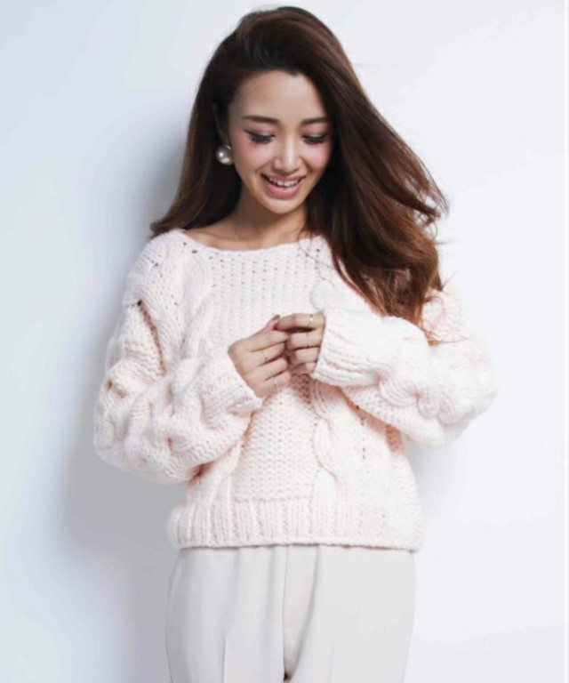 hand cable knit pullover