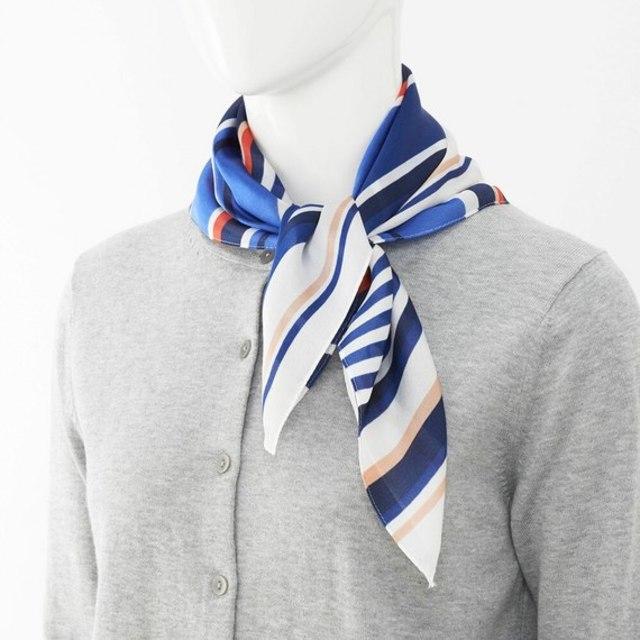 シルキースカーフ
