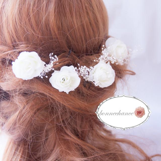 ホワイトローズとカスミソウの花飾りセット