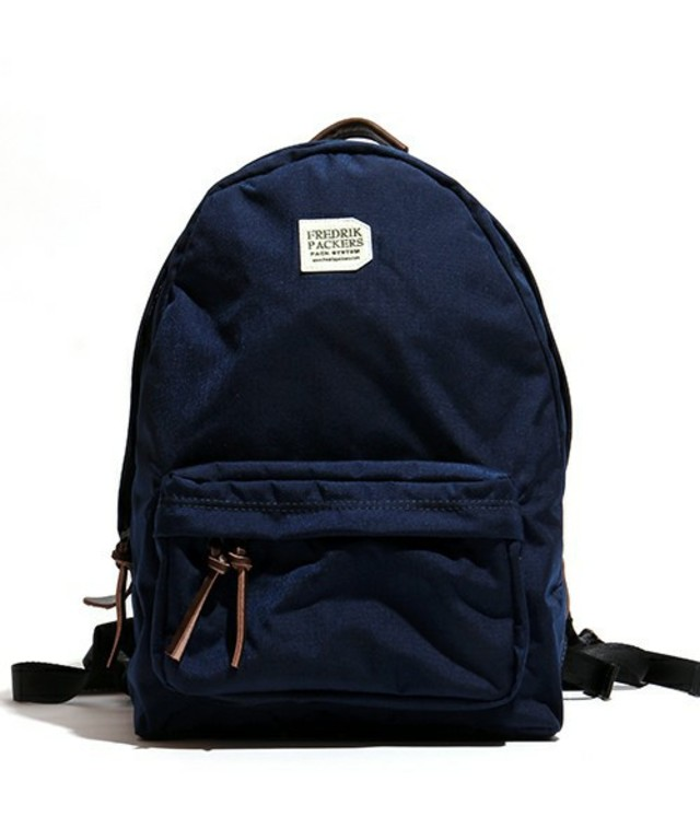 FREDRIK PACKERS 別注500D DAY PACK