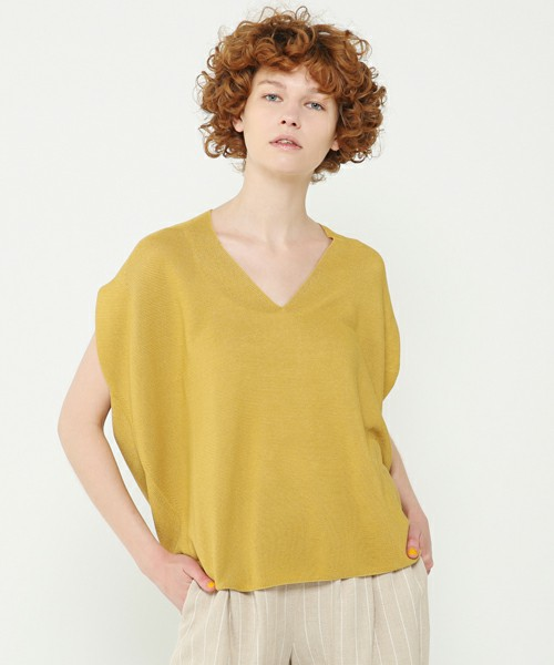 Wholegarment no-sleeve knit