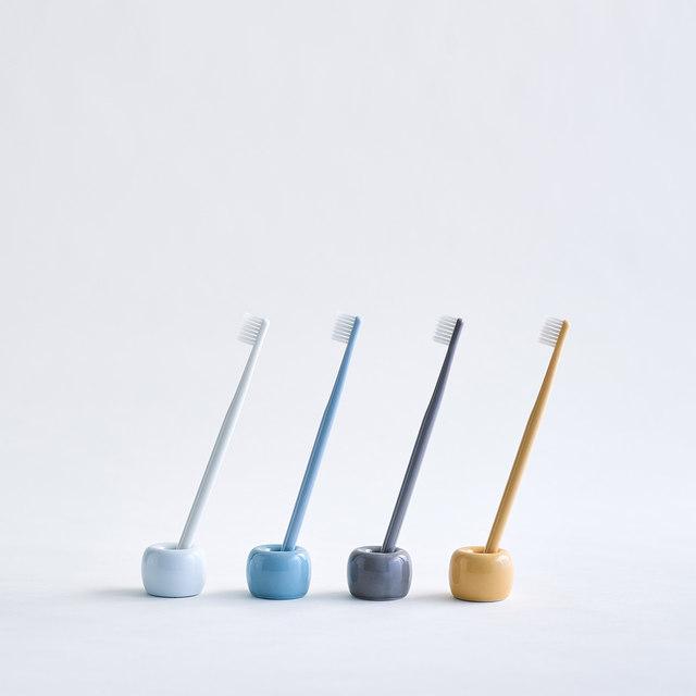 白磁歯ブラシスタンド 1本用 約直径4×高さ3cm
