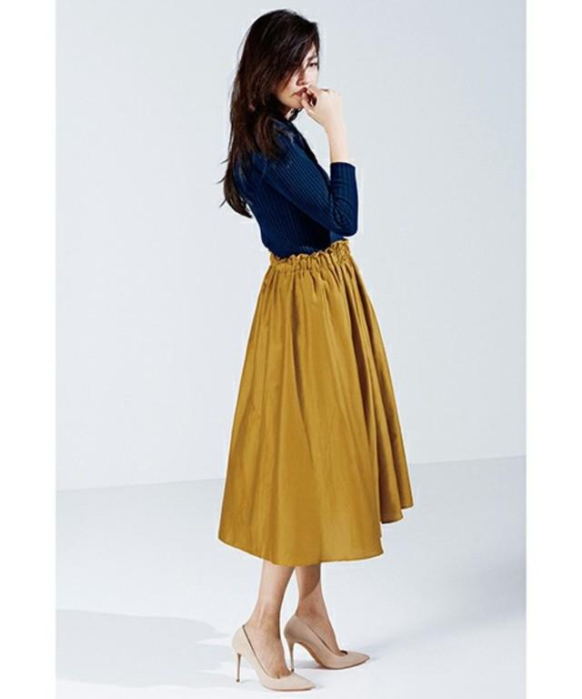 ソロテックス(R)混ローンのフィッシュテールスカート