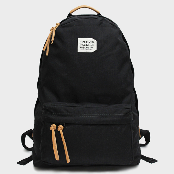 500D DAY PACK / BLACK