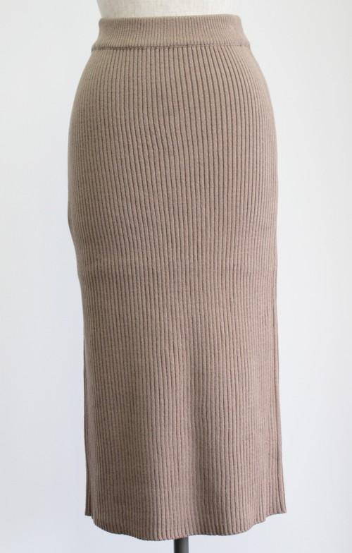 ロングニットスカート