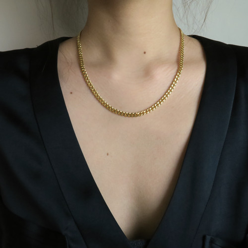 Wide long necklace