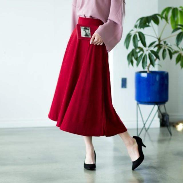 赤フレアスカート