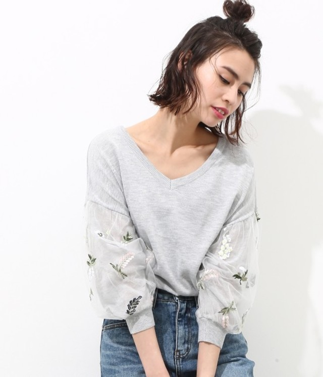【2WAY】花柄刺繍チュール袖プルオーバー