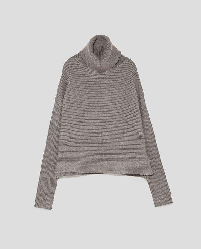 横編みニットセーター