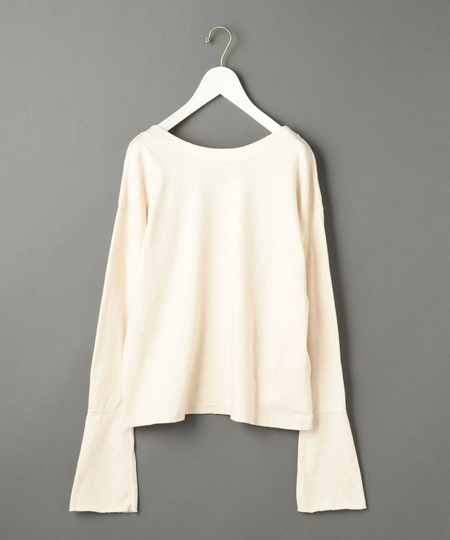 FLARE SLEEVE BACK OPEN NECK PULLOVER