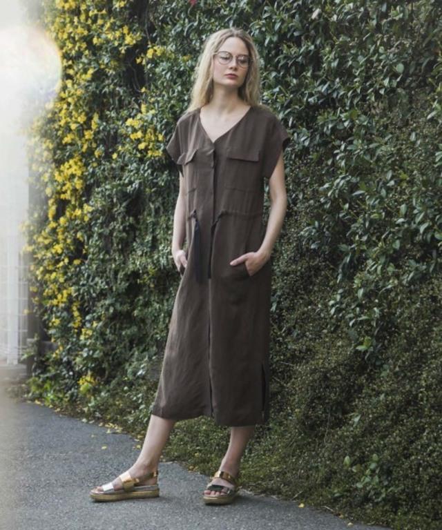LINEN GILEET DRESS