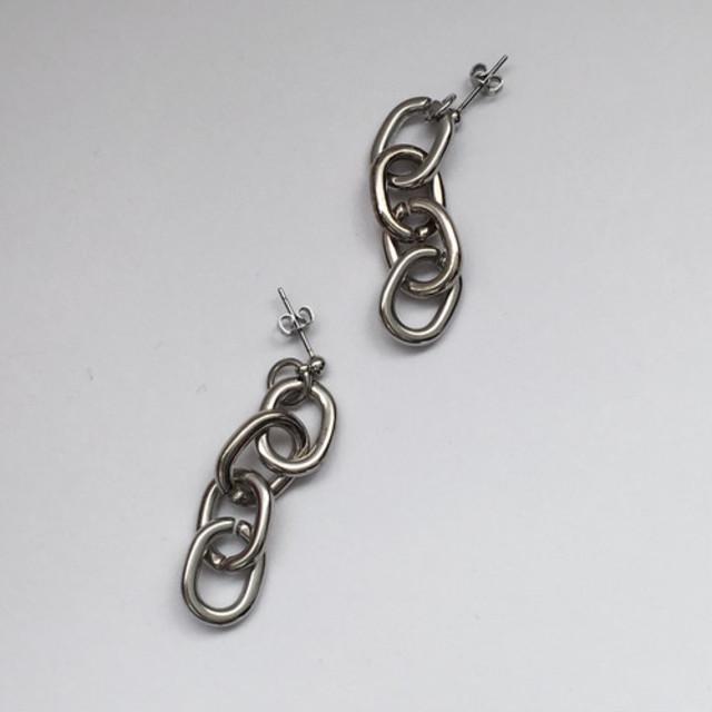 Silver Chain Pierce