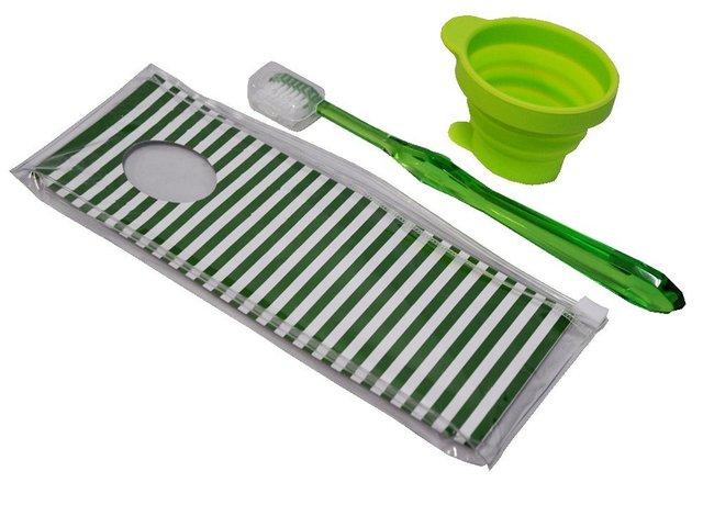 携帯 歯ブラシ シリコンコップセット ポーチ付き ライトグリーン TBKS1