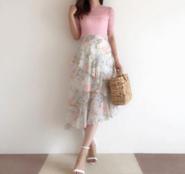 花が満開ラッフルスカート