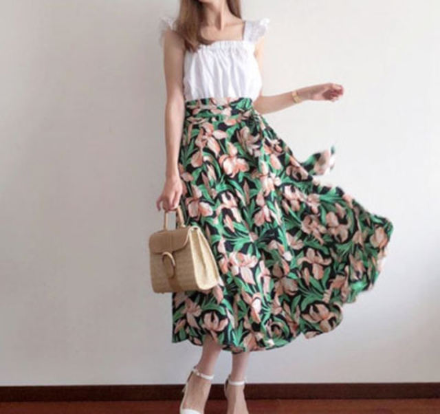 リリーリボンスカート