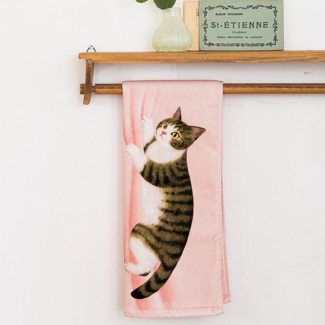 ぶらーん!とぶらさがる いたずら猫のフェイスタオルの会