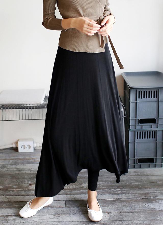 レギンスレイヤードロングスカート
