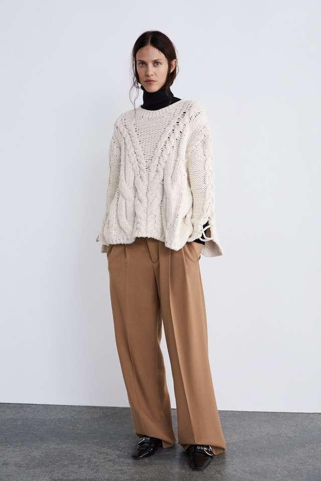 編み込み&ケーブルニットセーター