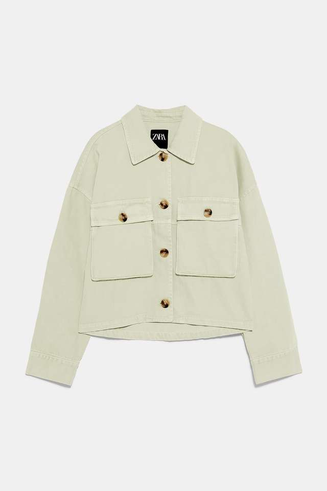 ポケット付きシャツジャケット