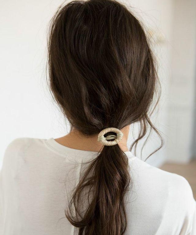 RATTAN HAIR TIE